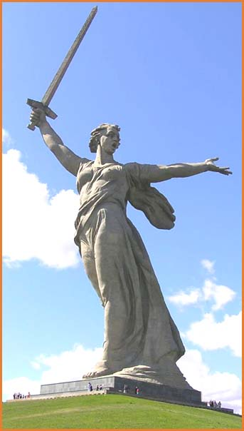 Stalingrad statue of motherland