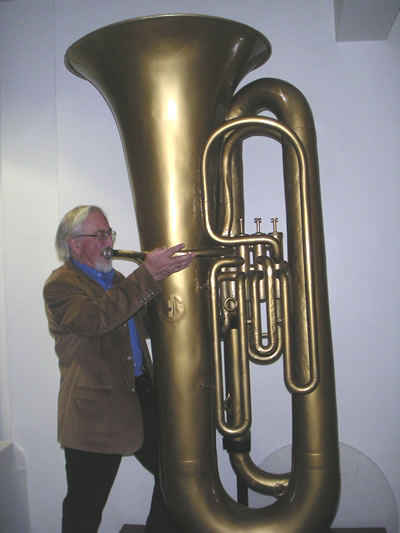 Giant tuba
