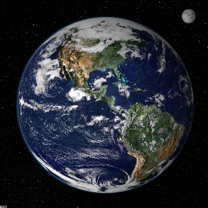 Earth moon2