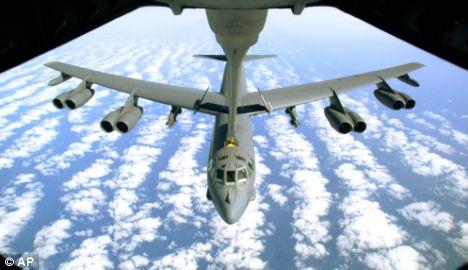 Bomber b 52h refeuling