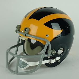 U m winged helmet