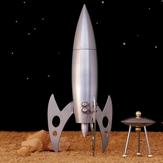 Rocket ship pepper mill 2