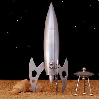 Rocket ship pepper mill 2