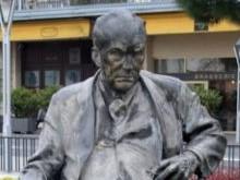 Nabokov montreux small