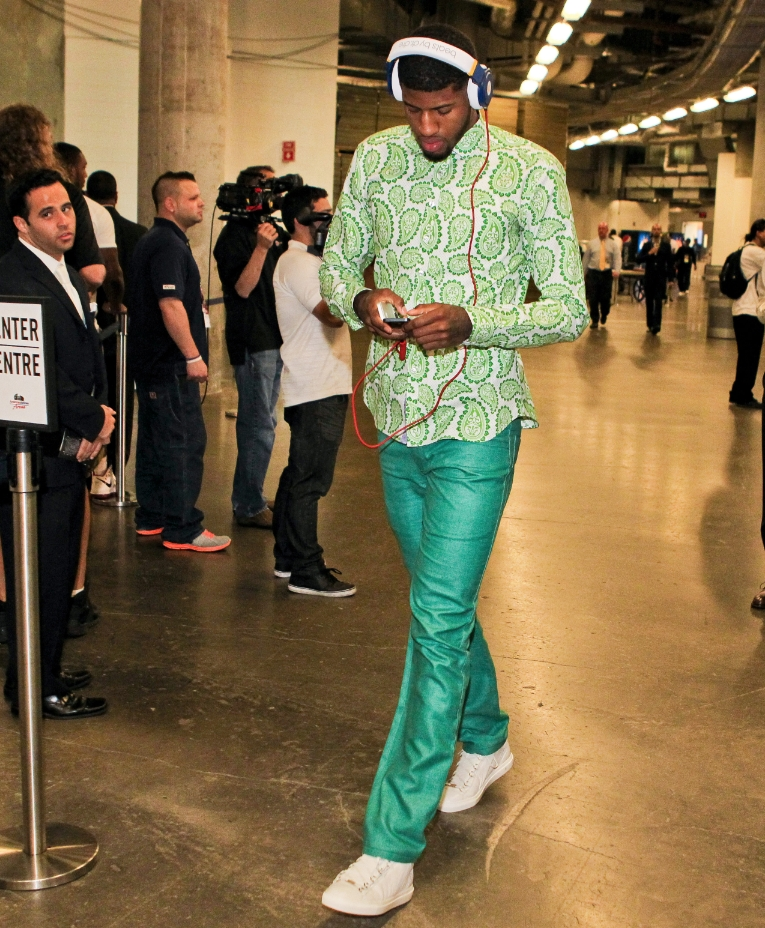 Paul george green outfit